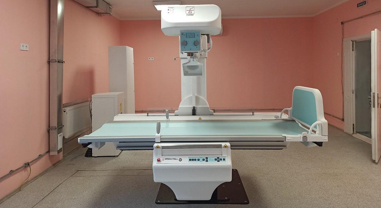 У рентгенологічному кабінеті новий сучасний рентген-діагностичний комплекс детская больница запорожье КНП «Міська дитяча лікарня №5» ЗМР – це єдина у місті Запоріжжі багатопрофільна дитяча лікарня, де сконцентровано всі види надання спеціалізованої медичної допомоги дитячому населенню: стаціонарної, консультативної амбулаторно-поліклінічної та виїзної для інтенсивної терапії новонародженим.